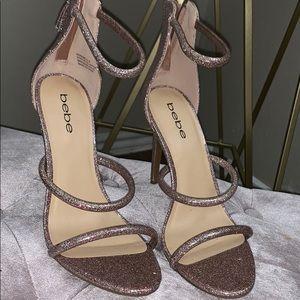 Beautiful pink glitter heel 💕💎